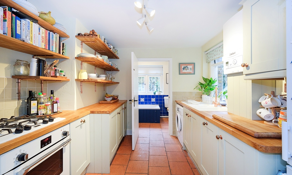 Kitchen-fitting-oldford-road-east-london-000