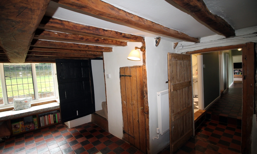16th-centry-cottage-restored-wine-room
